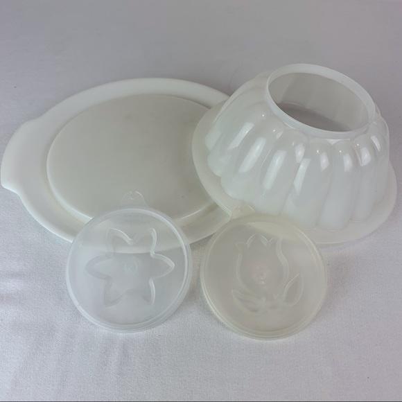 Tupperware Jello Mold with Tray, 2 tops